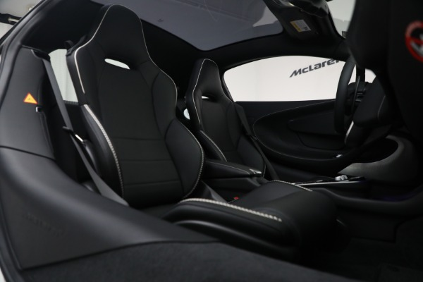 New 2021 McLaren GT Luxe for sale $217,205 at Pagani of Greenwich in Greenwich CT 06830 23