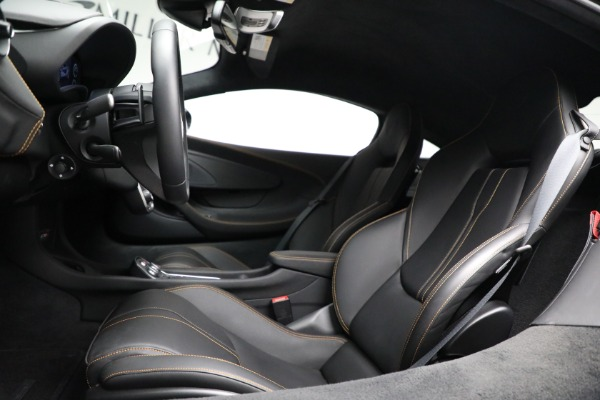 Used 2020 McLaren 570S for sale Call for price at Pagani of Greenwich in Greenwich CT 06830 19