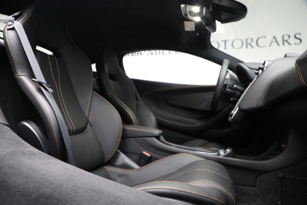Used 2020 McLaren 570S for sale Call for price at Pagani of Greenwich in Greenwich CT 06830 23