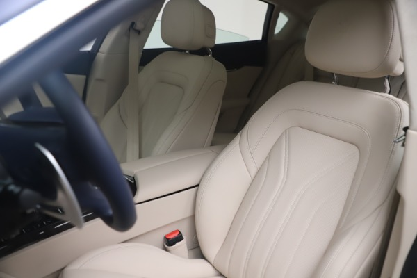 New 2021 Maserati Quattroporte S Q4 GranLusso for sale $126,149 at Pagani of Greenwich in Greenwich CT 06830 15