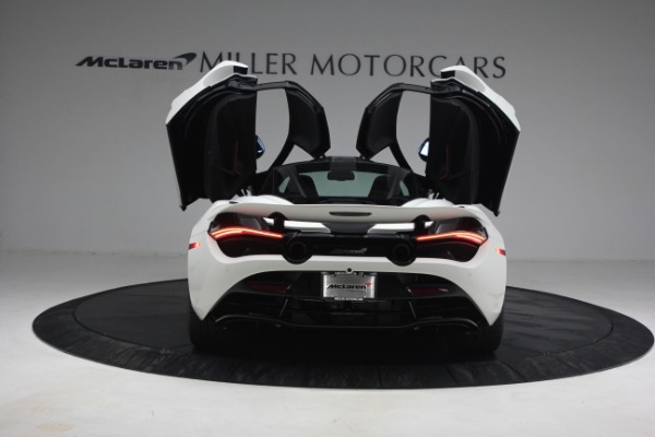 New 2021 McLaren 720S Performance for sale $352,600 at Pagani of Greenwich in Greenwich CT 06830 15