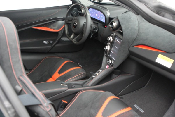 New 2021 McLaren 720S Performance for sale $352,600 at Pagani of Greenwich in Greenwich CT 06830 20