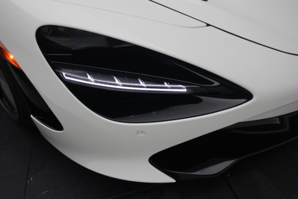 New 2021 McLaren 720S Performance for sale $352,600 at Pagani of Greenwich in Greenwich CT 06830 24