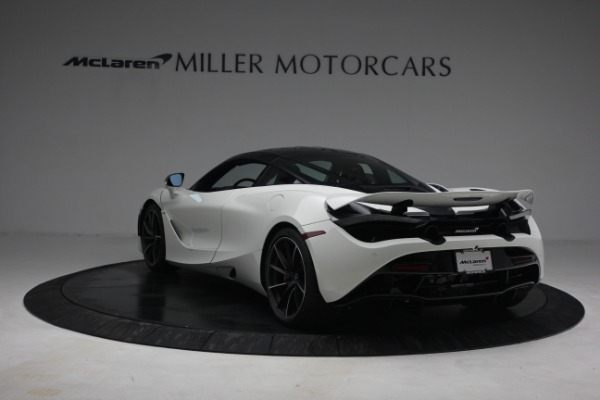 New 2021 McLaren 720S Performance for sale $352,600 at Pagani of Greenwich in Greenwich CT 06830 5