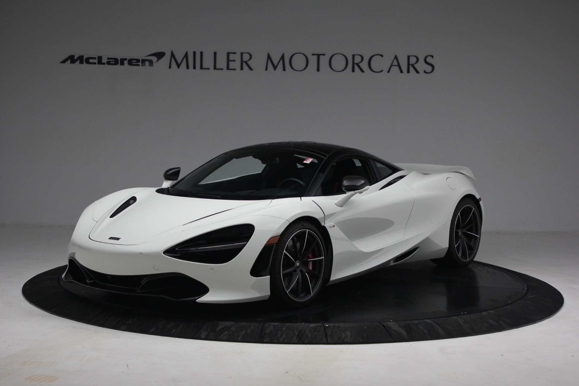 New 2021 McLaren 720S Performance for sale $352,600 at Pagani of Greenwich in Greenwich CT 06830 1