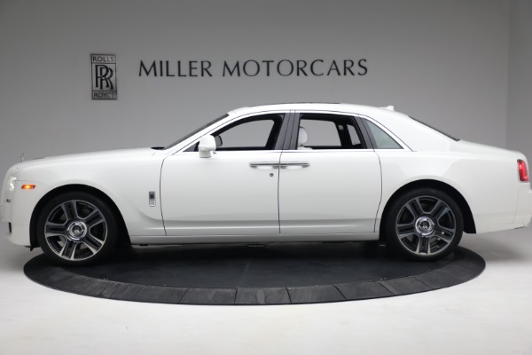 Used 2017 Rolls-Royce Ghost for sale $219,900 at Pagani of Greenwich in Greenwich CT 06830 3