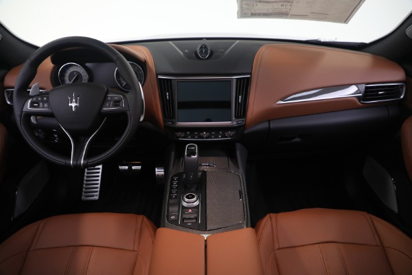 New 2021 Maserati Levante S GranSport for sale Call for price at Pagani of Greenwich in Greenwich CT 06830 16