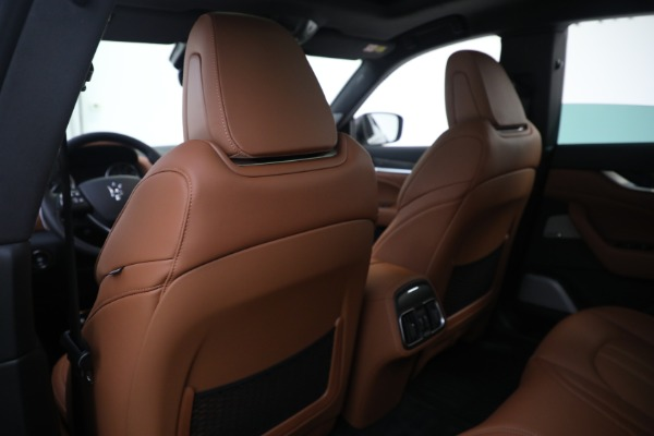 New 2021 Maserati Levante S GranSport for sale Call for price at Pagani of Greenwich in Greenwich CT 06830 20
