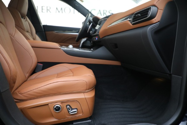 New 2021 Maserati Levante S GranSport for sale Call for price at Pagani of Greenwich in Greenwich CT 06830 22
