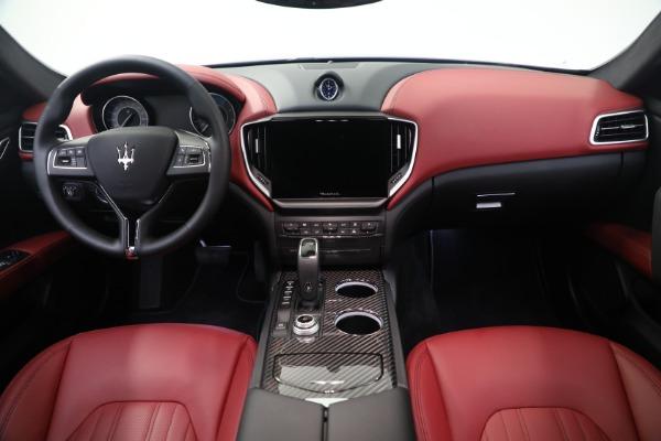 New 2021 Maserati Ghibli SQ4 GranLusso for sale Sold at Pagani of Greenwich in Greenwich CT 06830 16