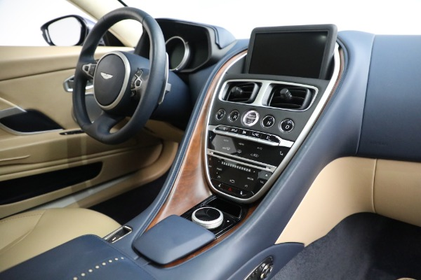 Used 2018 Aston Martin DB11 V12 for sale $164,990 at Pagani of Greenwich in Greenwich CT 06830 17