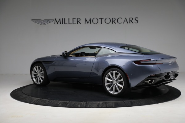 Used 2018 Aston Martin DB11 V12 for sale $164,990 at Pagani of Greenwich in Greenwich CT 06830 3