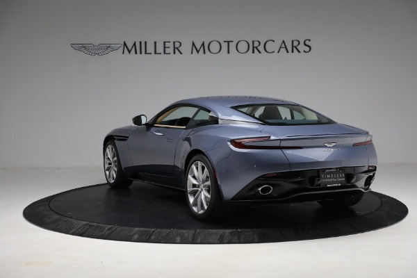 Used 2018 Aston Martin DB11 V12 for sale $164,990 at Pagani of Greenwich in Greenwich CT 06830 4