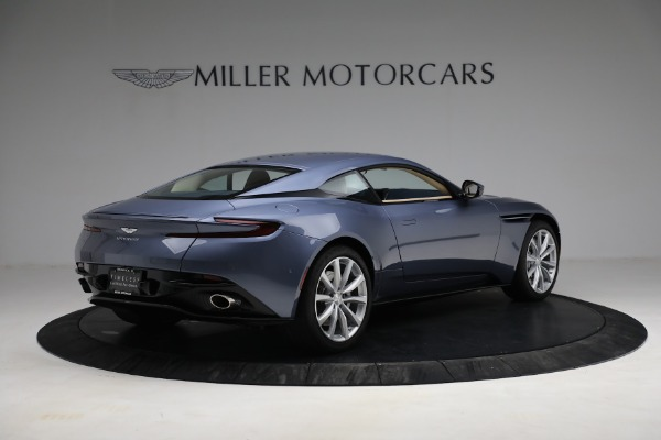 Used 2018 Aston Martin DB11 V12 for sale $164,990 at Pagani of Greenwich in Greenwich CT 06830 7
