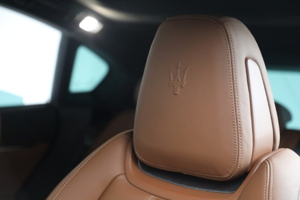 Used 2018 Maserati Levante GranSport for sale Sold at Pagani of Greenwich in Greenwich CT 06830 16