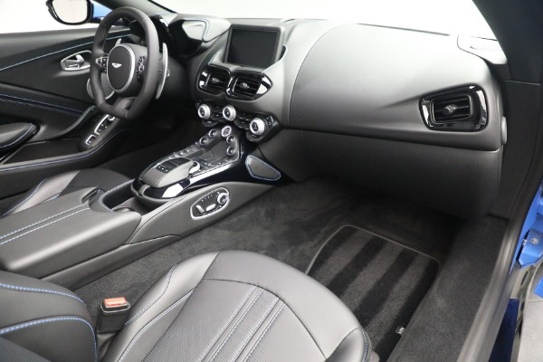 New 2021 Aston Martin Vantage Roadster for sale $186,386 at Pagani of Greenwich in Greenwich CT 06830 23