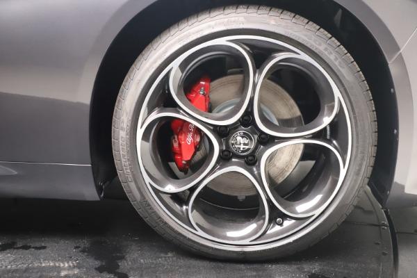 New 2022 Alfa Romeo Giulia Veloce for sale $49,245 at Pagani of Greenwich in Greenwich CT 06830 23
