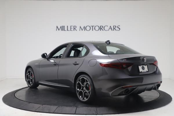 New 2022 Alfa Romeo Giulia Veloce for sale $49,245 at Pagani of Greenwich in Greenwich CT 06830 5