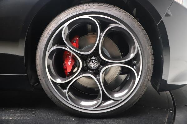 New 2022 Alfa Romeo Giulia Veloce for sale $52,045 at Pagani of Greenwich in Greenwich CT 06830 22
