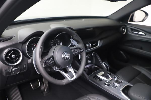 New 2022 Alfa Romeo Stelvio Sprint for sale $52,305 at Pagani of Greenwich in Greenwich CT 06830 13