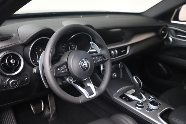 New 2022 Alfa Romeo Stelvio Veloce for sale $57,405 at Pagani of Greenwich in Greenwich CT 06830 13