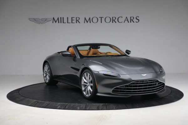 New 2021 Aston Martin Vantage Roadster for sale $174,586 at Pagani of Greenwich in Greenwich CT 06830 10