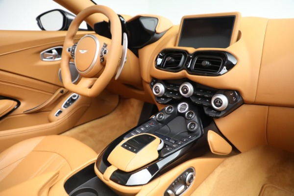 New 2021 Aston Martin Vantage Roadster for sale $174,586 at Pagani of Greenwich in Greenwich CT 06830 16
