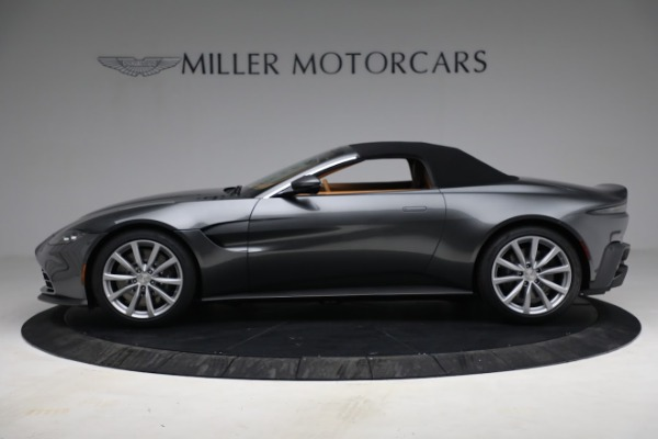 New 2021 Aston Martin Vantage Roadster for sale $174,586 at Pagani of Greenwich in Greenwich CT 06830 19