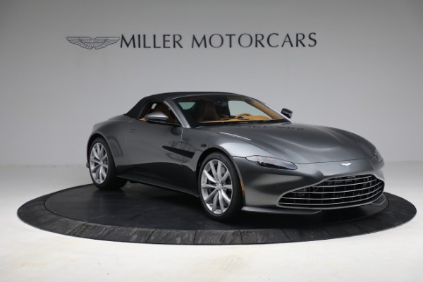 New 2021 Aston Martin Vantage Roadster for sale $174,586 at Pagani of Greenwich in Greenwich CT 06830 22