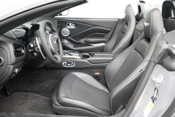 New 2021 Aston Martin Vantage Roadster for sale $180,286 at Pagani of Greenwich in Greenwich CT 06830 14