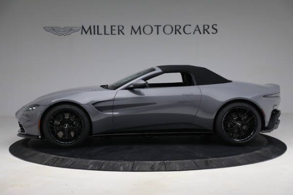 New 2021 Aston Martin Vantage Roadster for sale $180,286 at Pagani of Greenwich in Greenwich CT 06830 22