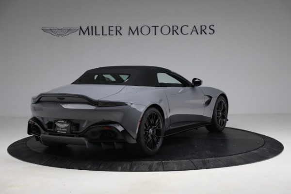 New 2021 Aston Martin Vantage Roadster for sale $180,286 at Pagani of Greenwich in Greenwich CT 06830 25