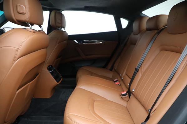 Used 2016 Maserati Quattroporte S Q4 for sale $46,900 at Pagani of Greenwich in Greenwich CT 06830 23