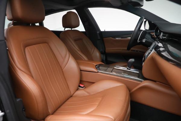 Used 2016 Maserati Quattroporte S Q4 for sale $46,900 at Pagani of Greenwich in Greenwich CT 06830 28