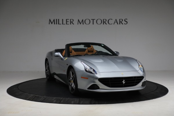 Used 2017 Ferrari California T for sale Sold at Pagani of Greenwich in Greenwich CT 06830 11