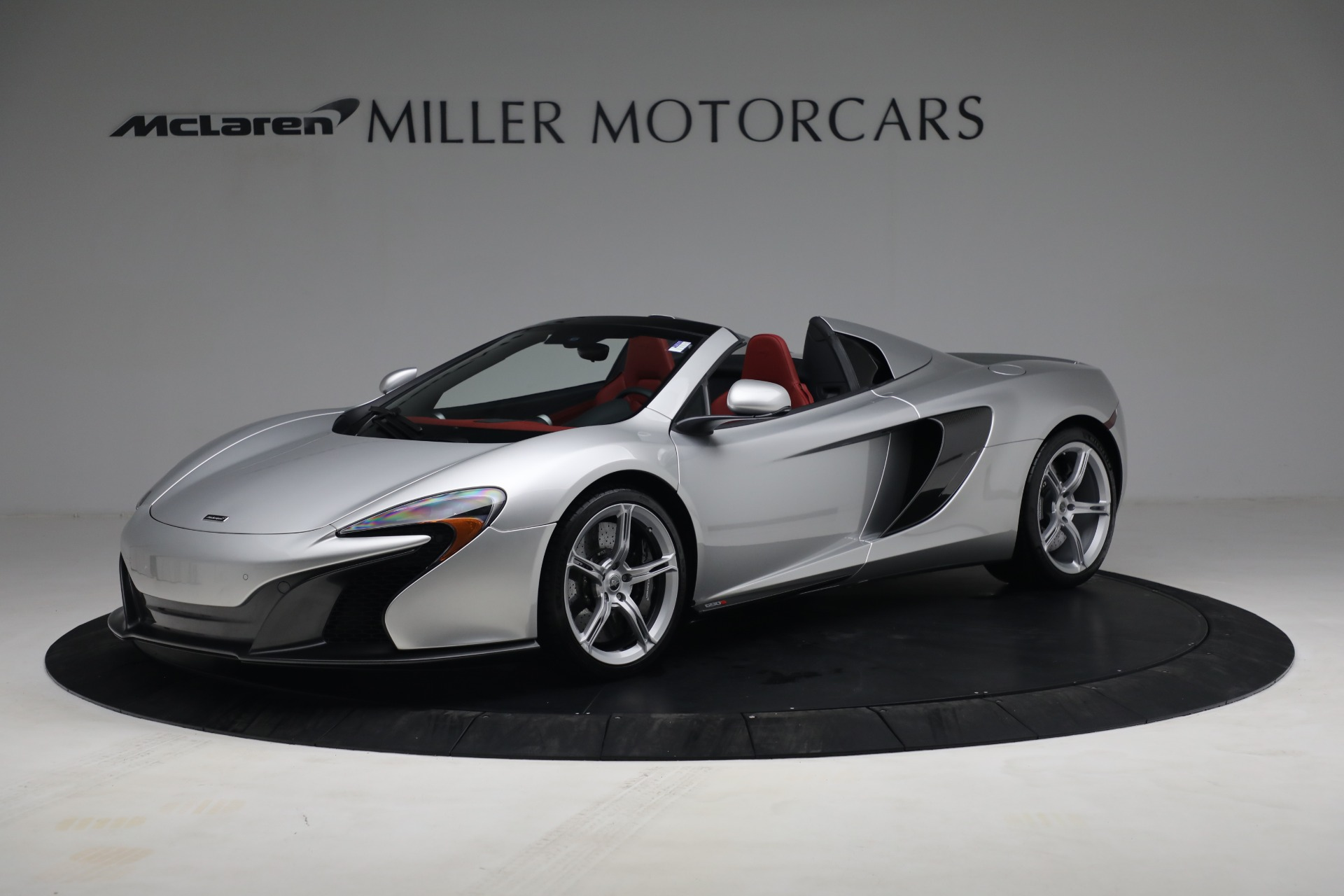 Used 2015 McLaren 650S Spider for sale $179,990 at Pagani of Greenwich in Greenwich CT 06830 1