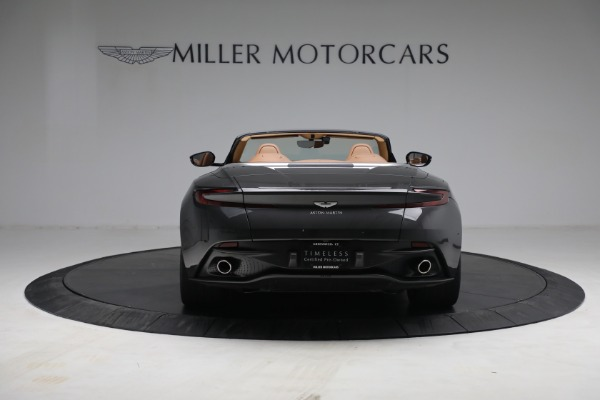 Used 2019 Aston Martin DB11 Volante for sale $212,990 at Pagani of Greenwich in Greenwich CT 06830 10