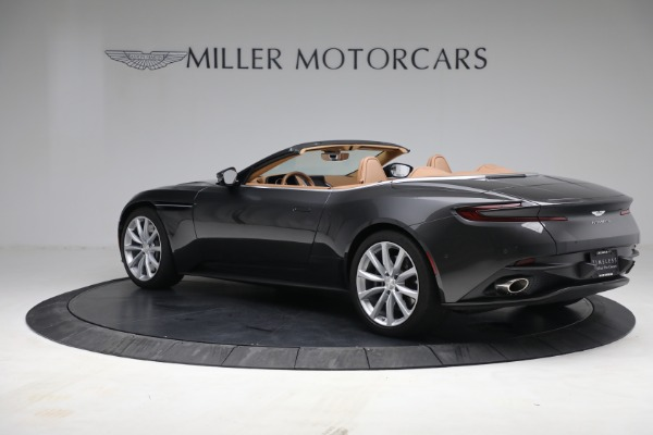 Used 2019 Aston Martin DB11 Volante for sale $212,990 at Pagani of Greenwich in Greenwich CT 06830 12