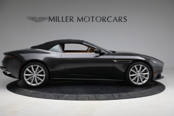 Used 2019 Aston Martin DB11 Volante for sale $212,990 at Pagani of Greenwich in Greenwich CT 06830 15