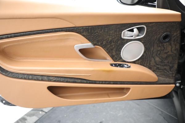 Used 2019 Aston Martin DB11 Volante for sale $212,990 at Pagani of Greenwich in Greenwich CT 06830 28