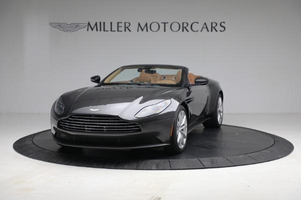 Used 2019 Aston Martin DB11 Volante for sale $212,990 at Pagani of Greenwich in Greenwich CT 06830 3