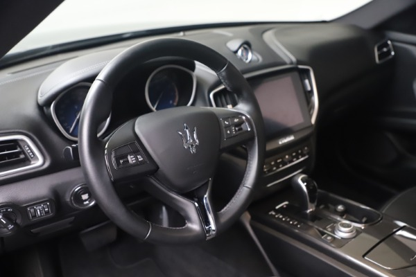 Used 2018 Maserati Ghibli SQ4 for sale $54,900 at Pagani of Greenwich in Greenwich CT 06830 13