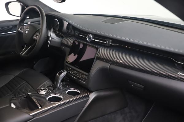 New 2022 Maserati Quattroporte Modena Q4 for sale $131,195 at Pagani of Greenwich in Greenwich CT 06830 18