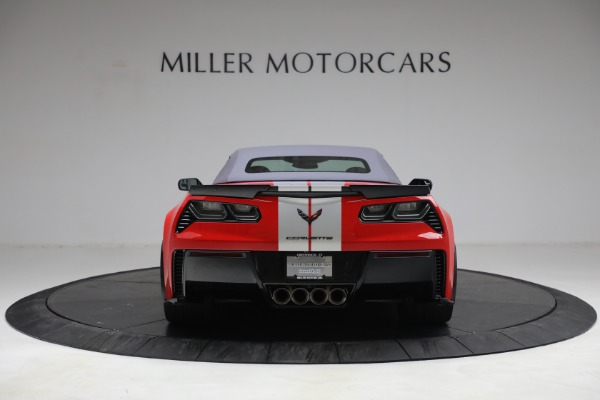 Used 2015 Chevrolet Corvette Z06 for sale $89,900 at Pagani of Greenwich in Greenwich CT 06830 18