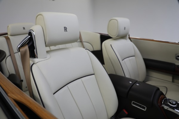 Used 2015 Rolls-Royce Phantom Drophead Coupe for sale Call for price at Pagani of Greenwich in Greenwich CT 06830 26