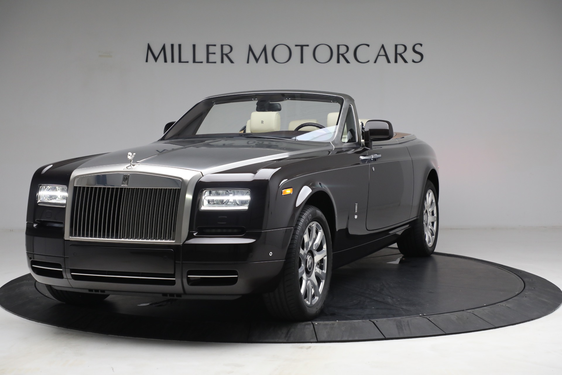Used 2015 Rolls-Royce Phantom Drophead Coupe for sale Call for price at Pagani of Greenwich in Greenwich CT 06830 1