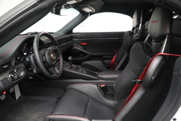 Used 2019 Porsche 911 Speedster for sale $395,900 at Pagani of Greenwich in Greenwich CT 06830 20