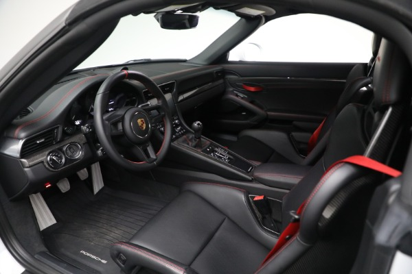 Used 2019 Porsche 911 Speedster for sale $395,900 at Pagani of Greenwich in Greenwich CT 06830 22