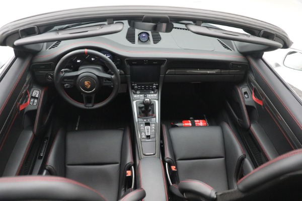 Used 2019 Porsche 911 Speedster for sale $395,900 at Pagani of Greenwich in Greenwich CT 06830 23