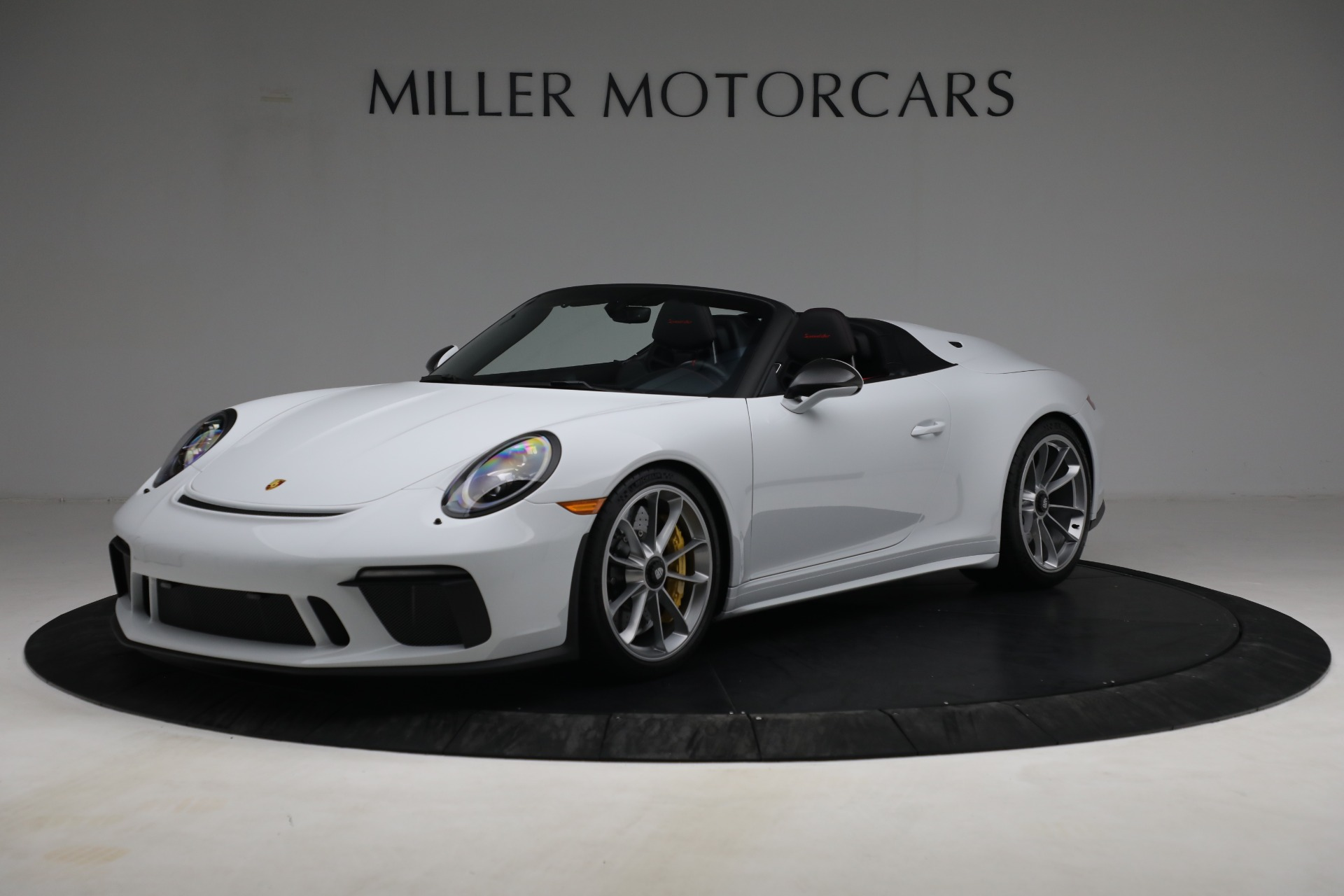 Used 2019 Porsche 911 Speedster for sale $395,900 at Pagani of Greenwich in Greenwich CT 06830 1
